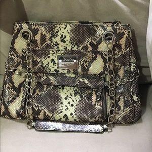 Super cute snake skin print, Nicole miller bag